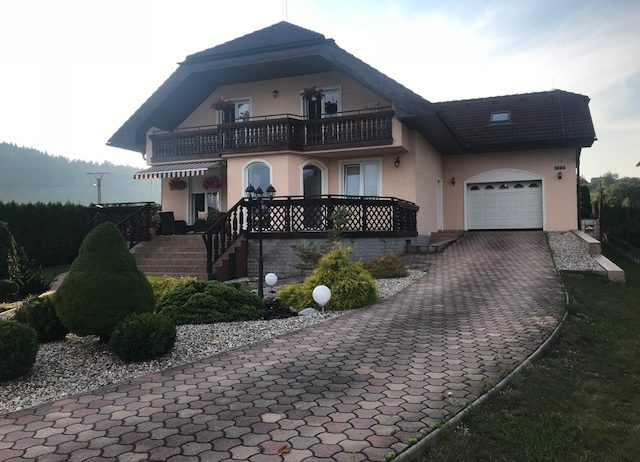 Predaj Rodinný dom o rozlohe 1300m2 Kysucké Nové Mesto