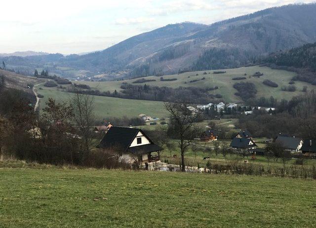 Predaj  pozemku na rekreačné účely v obci Lysica o výmere 1.134m2.