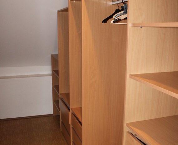 Prenájom 3 – izbového zariadeného bytu Žilina – Závodie o výmere 120m2. s parkovacími miestami.
